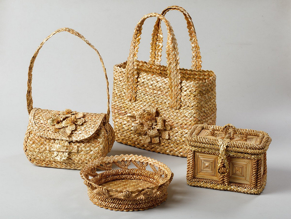 плетение из соломки фото слово